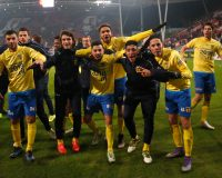 UTRECHT , 25-01-2017 , seizoen 2016 - 2017 , Galgenwaard , kwartfinale KNVB beker ,  FC Utrecht - SC Cambuur , Cambuur viert de overwinning op FC Utrecht  foto: Henk Jan Dijks